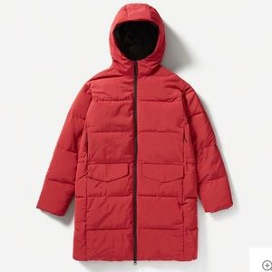 EVERLANE long puffer in RED — Size Small